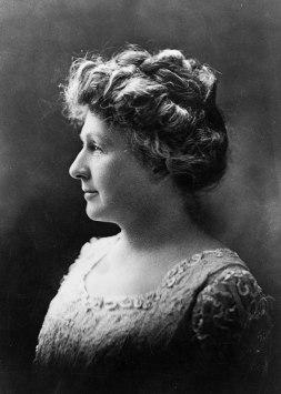 1200px-Annie_Jump_Cannon_1922_Portrait