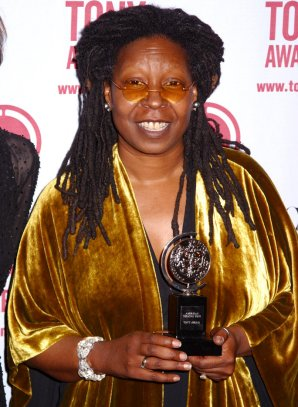111016-whoopi-goldberg-8
